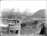 Columbia River from Crown Point and Vista House, Oregon, ca. 1913.