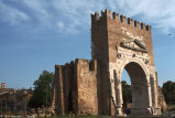 Arch of Augustus (arco d'Augusto)