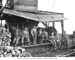 Logging crew and steam donkey engine, Clemons Logging Company camp no. 2, 1926