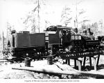 Crew with locomotive, Coats-Fordney Lumber Company, near Aberdeen, ca. 1920