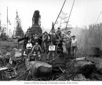 Loading crew and donkey engine, camp 3, Clemons Logging Company, near Melbourne, ca. 1930