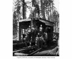Loading crew and donkey engine, camp 4, Clemons Logging Company, near Melbourne, ca. 1930