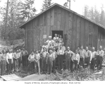 Logging crew outside mess hall, Lewis Mills and Timber Company camp no. 4, ca. 1922