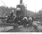 Logging crew and donkey engine, Yeoman Lumber Company, Pe Ell, ca. 1920
