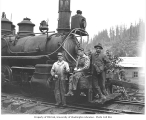 Crew with Yeoman Lumber Company locomotive, ca. 1920