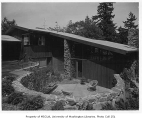 Edes residence exterior, Hunts Point, ca. 1955