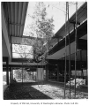 University of Washington Faculty Center exterior showing courtyard, Seattle, 1960