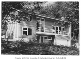 Smith residence exterior, Seattle, 1947