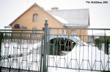 House of a newly rich resident of Suzdal with built in underground garage