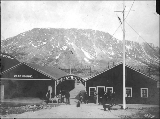 Bennett Lake and Klondyke Navigation Co. warehouse, Bennett, British Columbia, June 1, 1899.