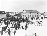 Street scene on election day, Nome, Alaska, November 1901.