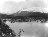 Bennett on Bennett Lake, British Columbia, May 30, 1898.