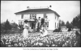 Mary Cruse and Grace Hill in Baker House daffodil garden, Bellevue, 1912