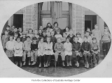Bellevue Grade School fourth and fifth grades, Bellevue, 1922
