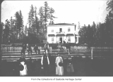Fish family at Lake House, Kirkland, 1888