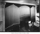 Pipe organ at Rhodes Department Store, Seattle, ca. 1927