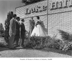 Governor Arthur Langlie dedicating Lake Hills community, 1955