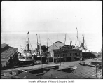 Ships at Pier 6, Seattle, 1912