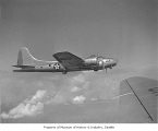 Boeing bomber B-17E in flight, 1941