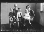 Arthur and Constance Houlahan with children, Seattle, 1931