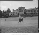 Golfers in tournament at Broadmoor Golf Club, Seattle, August 2, 1949