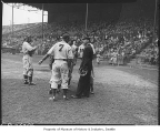 Seattle Rainiers players arguing with umpire, Seattle, 1946