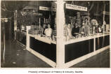 Crescent Manufacturing Company Mapleine exhibit at San Francisco Fair, 1914