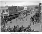 Bird's-eye view of the Daffodil Parade, Sumner, Washington, 1939
