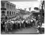 Crowds watching parade at Kent, Washington, July 27, 1946