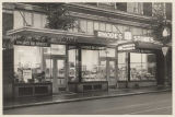 Rhodes Ten Cent Store in the University District, Seattle, ca. 1940