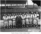 Seattle Giants with owner Daniel Dugdale, Seattle, 1912