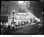 Music Box Theatre during premiere of Wuthering Heights, Seattle, 1939