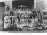 Tahoma High School eighth grade class with Miss Henry, Maple Valley, November 13, 1934