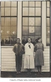 Herman and Ruth Lagesson with Margaret Knadle outside Crosson School, King County, 1917