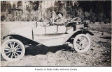 Bert Sawyer and Louise Dubigk in a car, probably in Maple Valley, n.d.