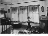 Drake family house, interior, bedroom, Lake Forest Park, 1916