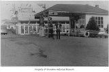 Cascade Service Station and the Dinner Bell Restaurant, Ronald, 1933