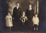 Abraham and Dora Steinberg with their children Alice, Morrie (Morris) and Burton, Seattle,...