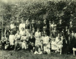 Group at Fraternal Order of the Sons of Israel picnic, ca. 1930s