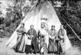 Walla Walla chief Thu-Ships and his four wives