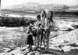 Yakama chief Thompson, his wife Flora and their great great granddaughter, Linda George, at Celilo...