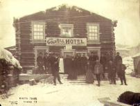 Men and women outside the Goldhill Hotel, Grand Forks, Yukon Territory, ca. 1898