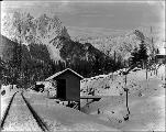 Heybrook railroad station near Mt. Index and Mt. Persis during winter, ca. 1925