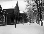 Residential area after a snowstorm, ca. 1916