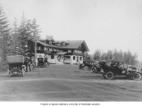 Clubhouse and parking lot, Seattle Golf and Country Club, ca. 1910