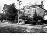 Two residences on Broadway Ave., Seattle, 1899-1900