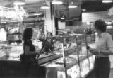 Au Gavroche bakery, Pike Place Market, Seattle, ca. 1984