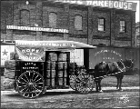 Horse-drawn wagon of the Pacific Net and Twine Co., 1908