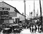 Crowds awaiting arrival of steamships at the waterfront vicinity of Spring St., ca. 1897