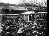 Crowd surrounding streetcar during strike against Seattle Electric Co, March 27, 1903